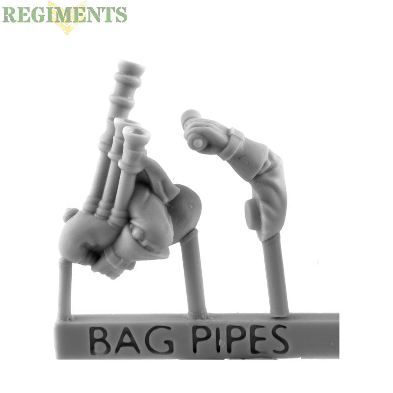 Bagpipes with Arms [+£2.40]